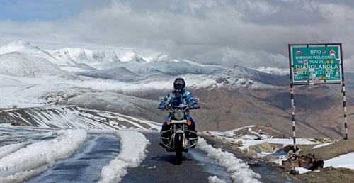 travel-to-ladakh-via-manali