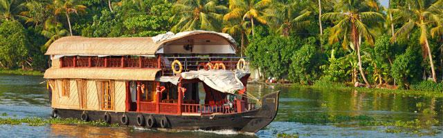 weekend-kerala-houseboat-tour