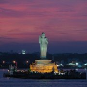Hussain Sagar lake and the Buddha statue