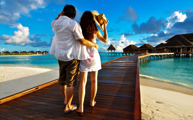 Newly married couples enjoying their New Year vacation in Andaman Islands