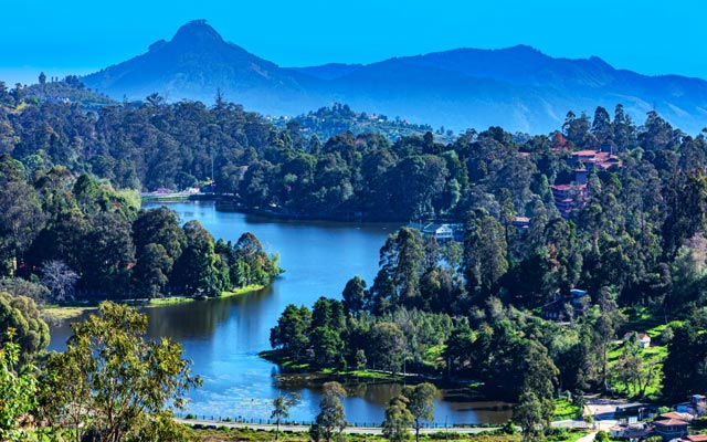 A picturesque view of Kodaikanal lake
