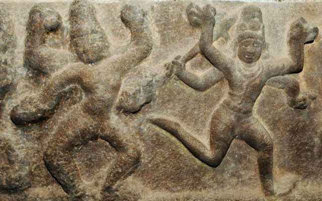 Sculptures of Karana dance units in the Brihadisvara temple in Thanjavur