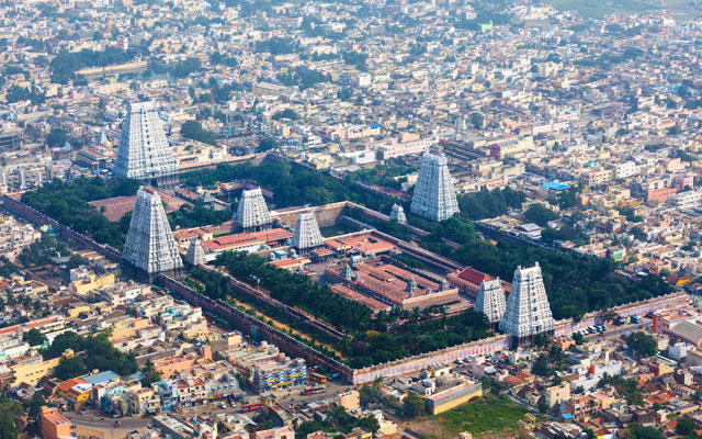 Aerial view of Arunachaleswarar Temple in Tiruvannamalai