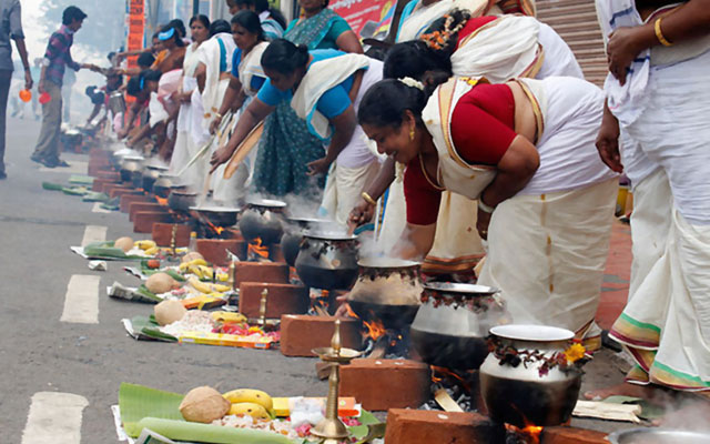 Devotees offering the pongala ritual on the occasion of 'Attukal Pongala'.