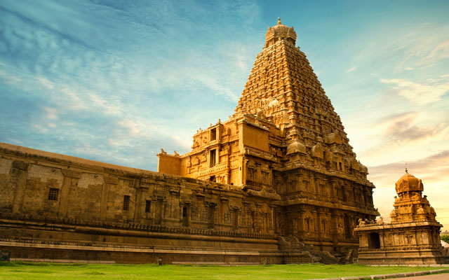 A majestic view of Thanjavur Big Temple or Thanjavur Peruvudaiyar Kovil