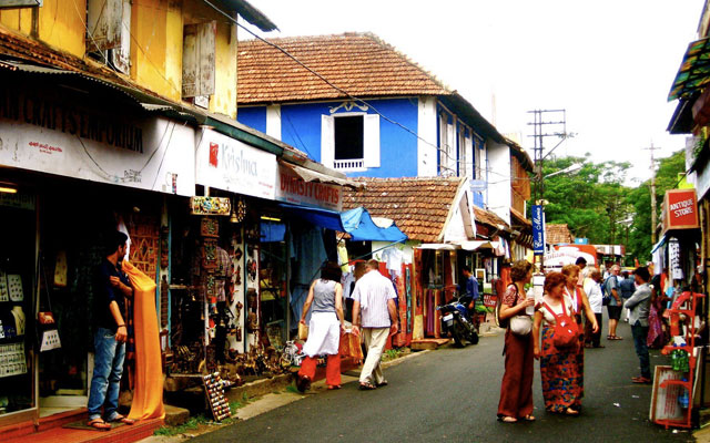 Tourists shopping in the streets of Fort Kochi, Kerala