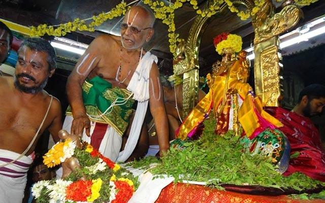 A glimpse of Nammazhwar Moksham event on the last day of Vaikunta Ekadasi
