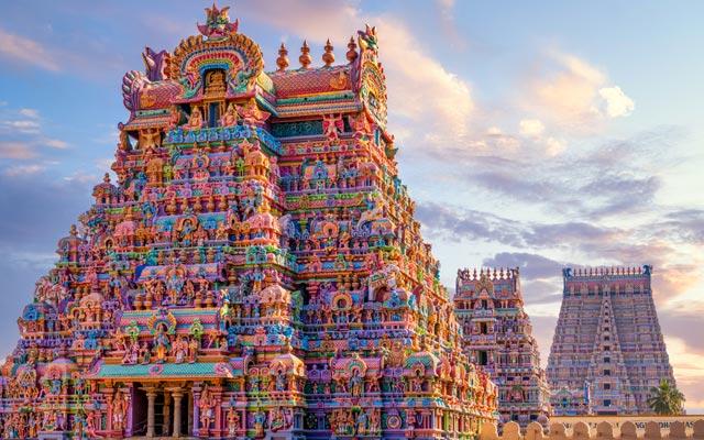 Colourful Temple Gopurams in Srirangam, in the state of Tamilnadu in India