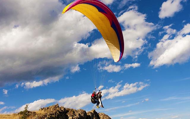 Paragliding activity at Banjara Hills in Hyderabad